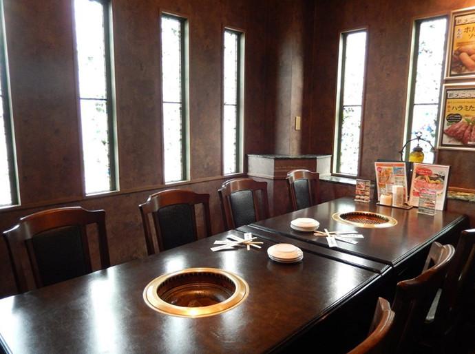 高麗ガーデン福田テーブル2