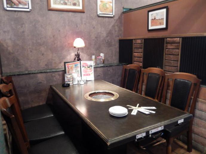 高麗ガーデン福田テーブル1