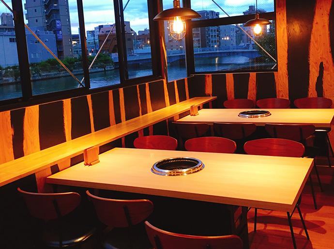 高麗ガーデン南堀江テーブル2